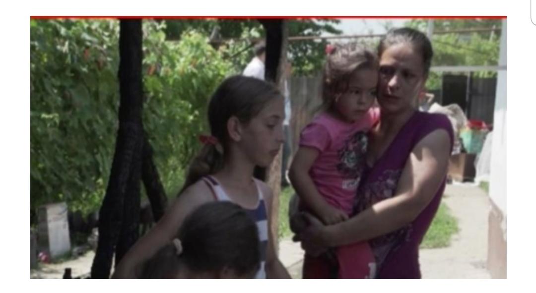Cinci copilași au rămas pe drumuri după ce unchiul lor le-a dat foc la casă, au rămas fără nimic chiar înainte de a începe școala
